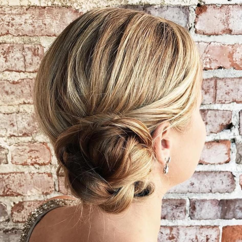 40 casual and formal side bun hairstyles for 2019 in 2019