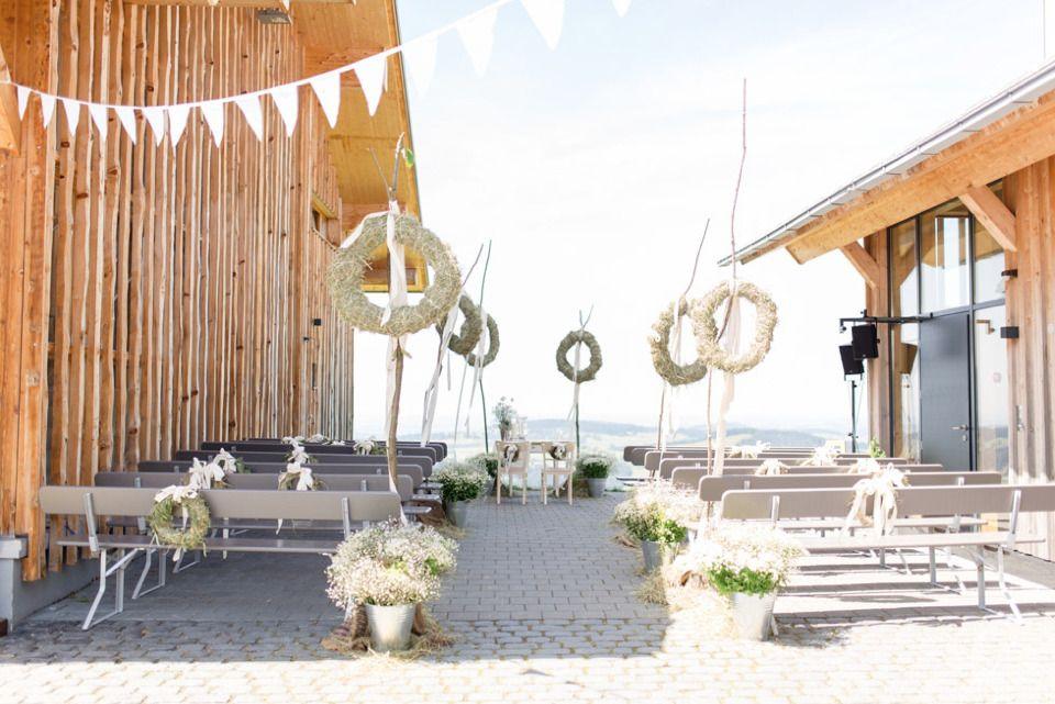 Sommerhochzeit In Den Allgauer Bergen Mit Bildern Sommerhochzeit Hochzeit Hochzeitswahn