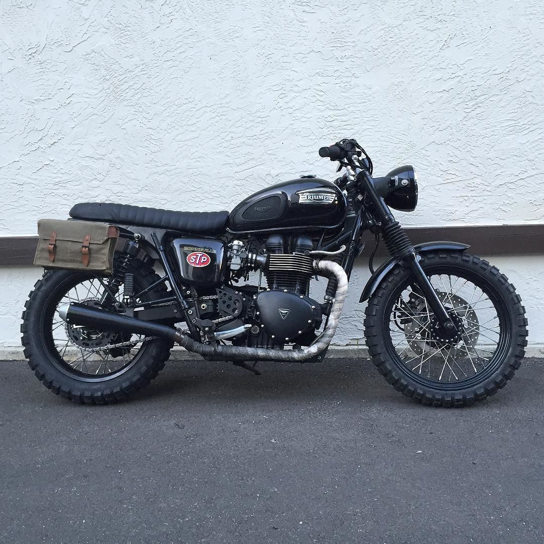 Are You At The1moto Track Us Down To Score 20 Our Luggage Kits Honda Shadow 750 Cafe Racer Kit Vintage Military Bags And Ammo Cans Built For Adventure Triumph Scrambler Bonneville Getlost Nofilter