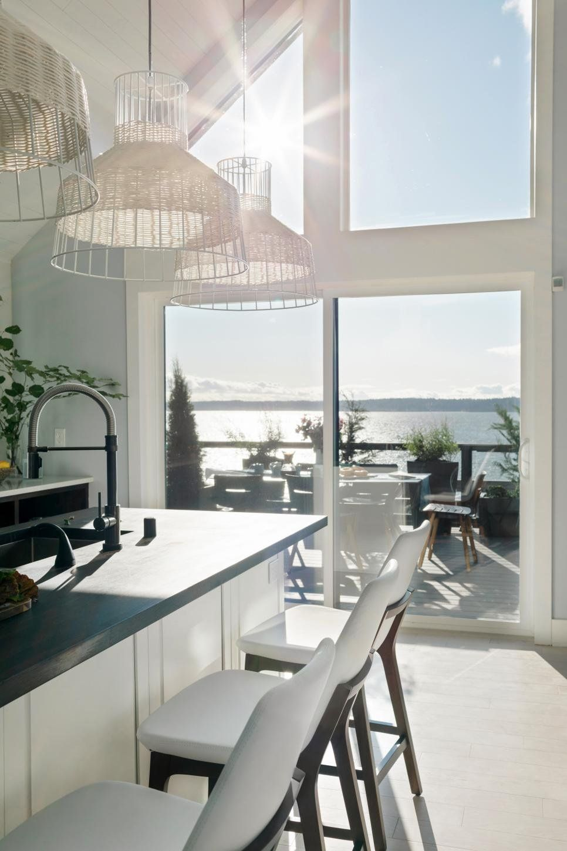 Best Hgtv Dream Home 2018 A Modern White Marble Kitchen With 640 x 480