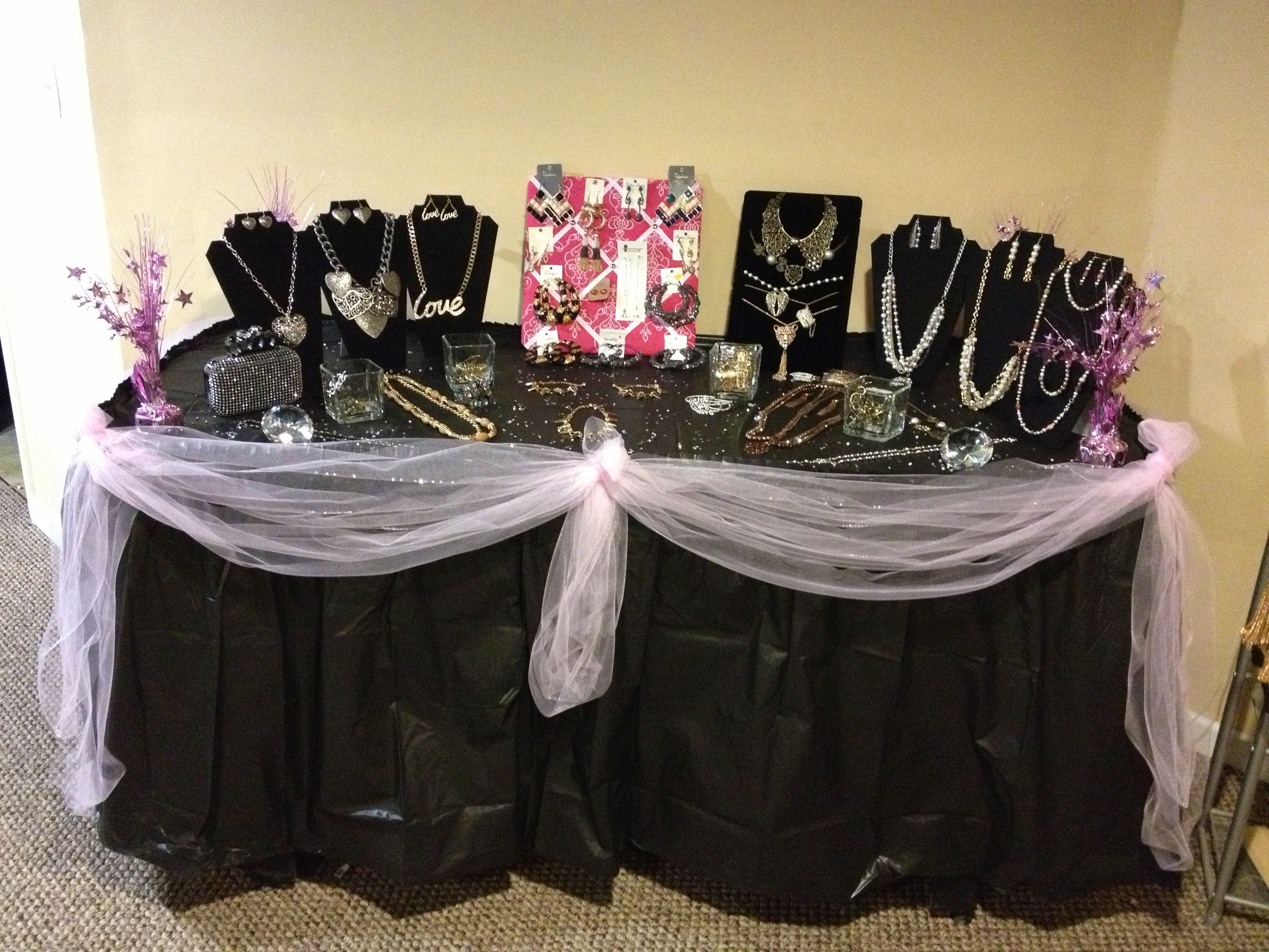 Jewelry Party Ideas Jewelry Party Table Set Up Pinterest
