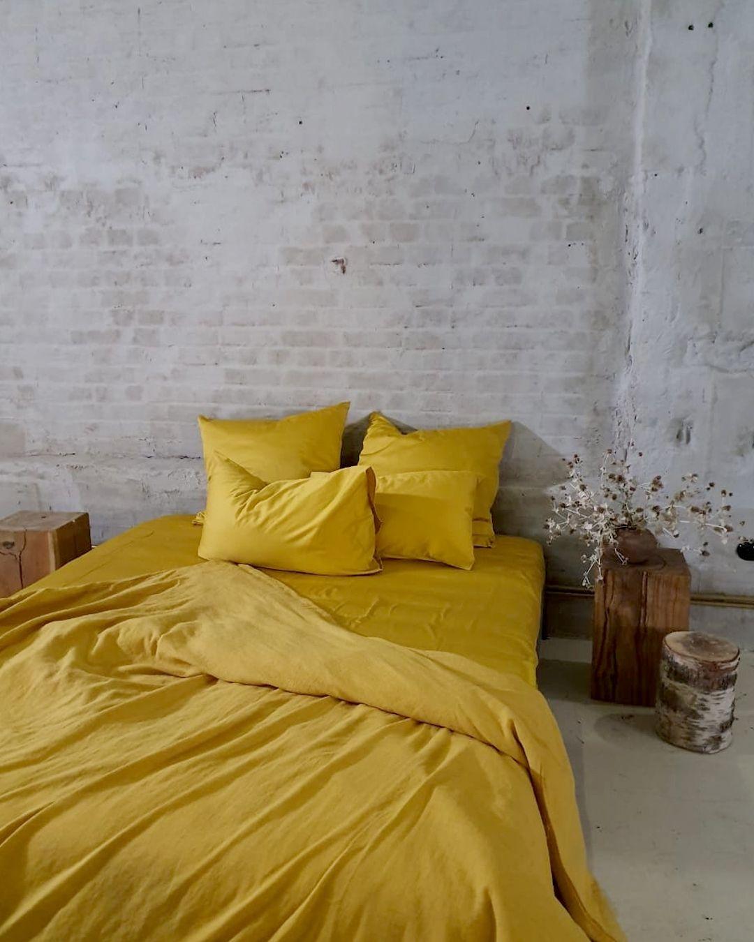 """Дизайнерский текстиль для дома on Instagram: """"❓Однотонное постельное белье или с принтами? Что вы предпочитаете? ⠀ Пишите свое мнение в комментарии. А в нашем каталоге вы сможете…"""""""