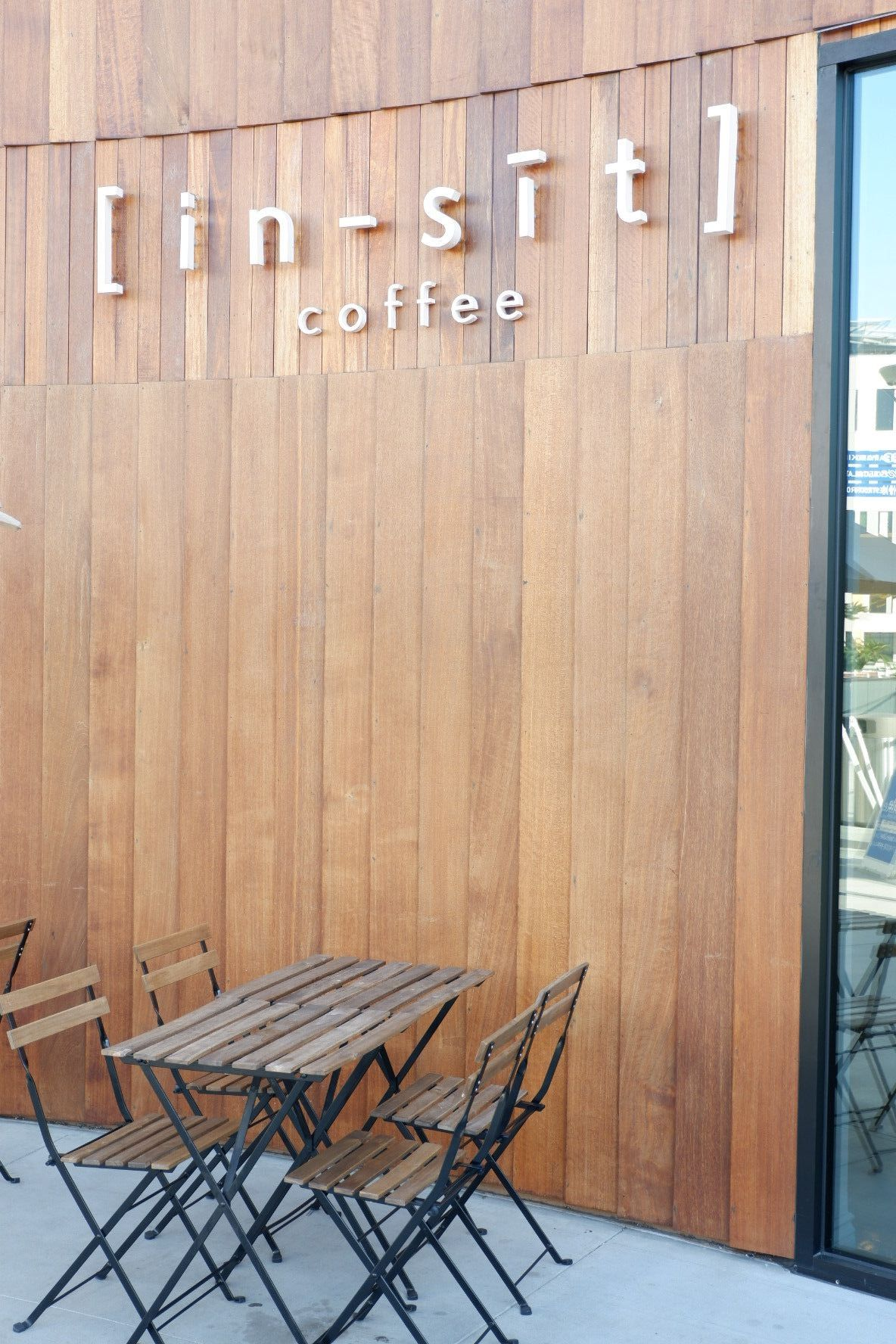 Top 5 Must Visit Cafes in Los Angeles Outside seating