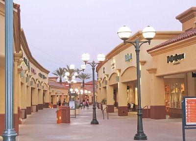 e41d680560 Desert Hills Premium Outlets in Cabazon