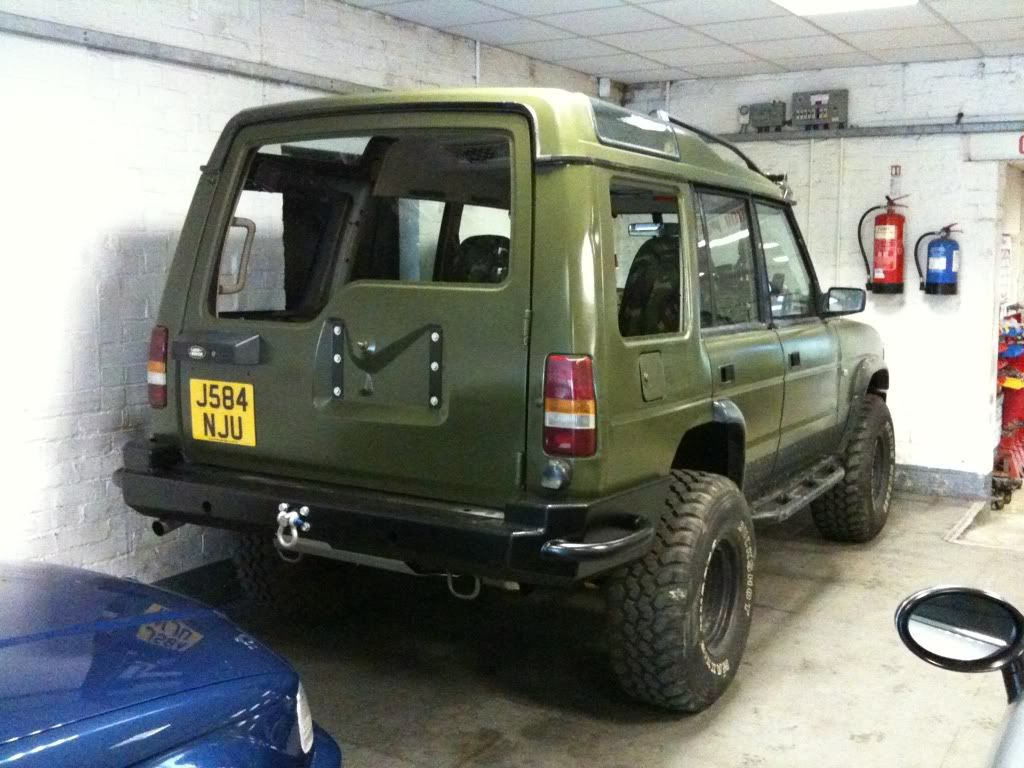 Click this image to show the full size version. | Land rover