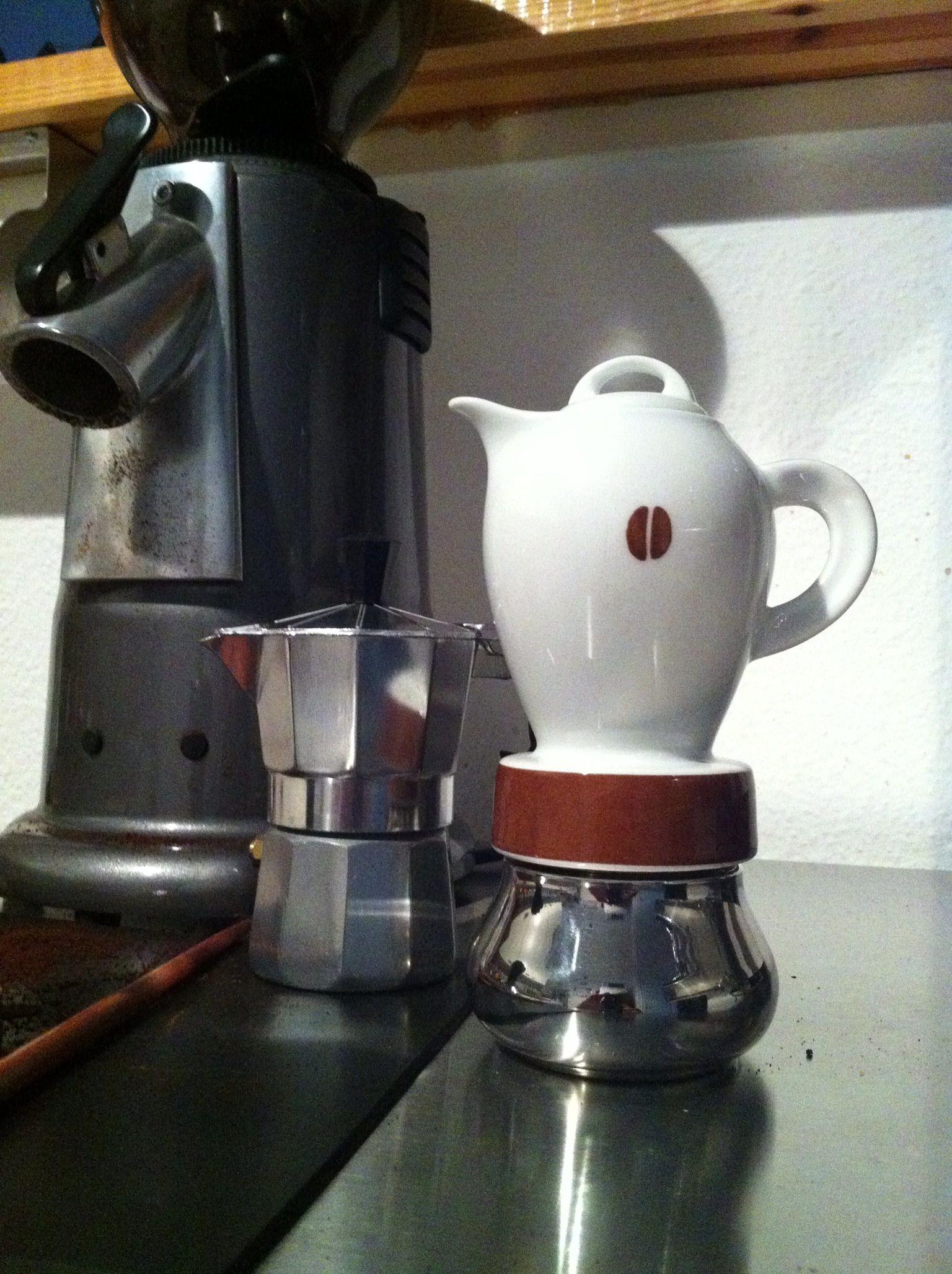 Le porcellane d'Ancap .. 2 moka coffee makers