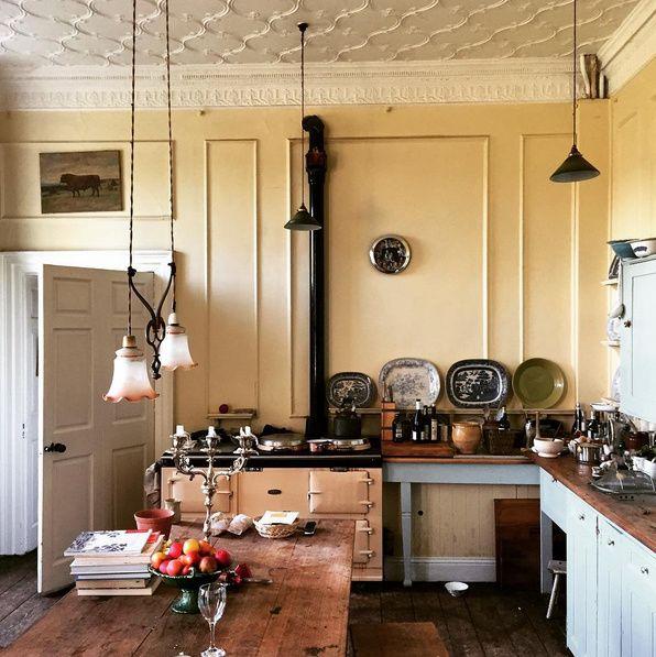 Best April S Beautiful Kitchen From Ben Pentreath S Instagram 400 x 300