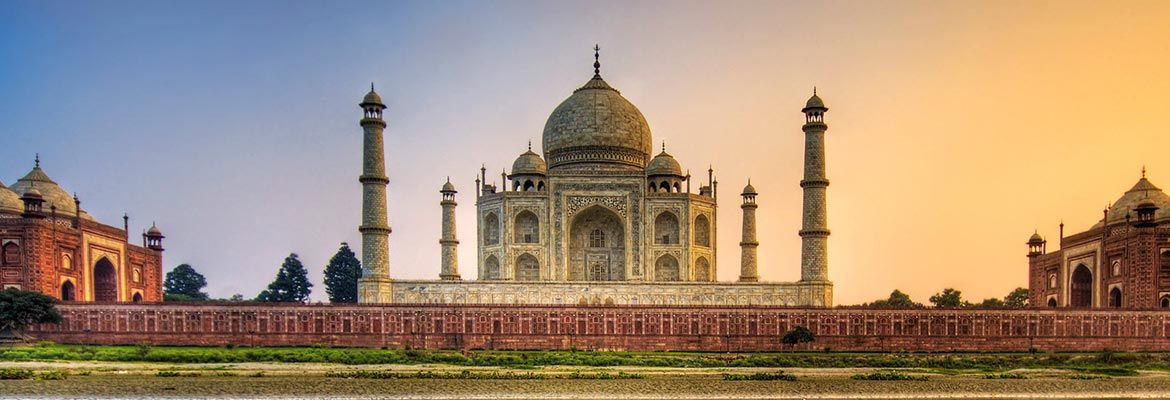 Discover the real India, staying in beautiful family homes where you are assured of a warm welcome and delicious, genuine home cooked cuisine. 7 day trip. Explore Delhi,Agra and Jaipur