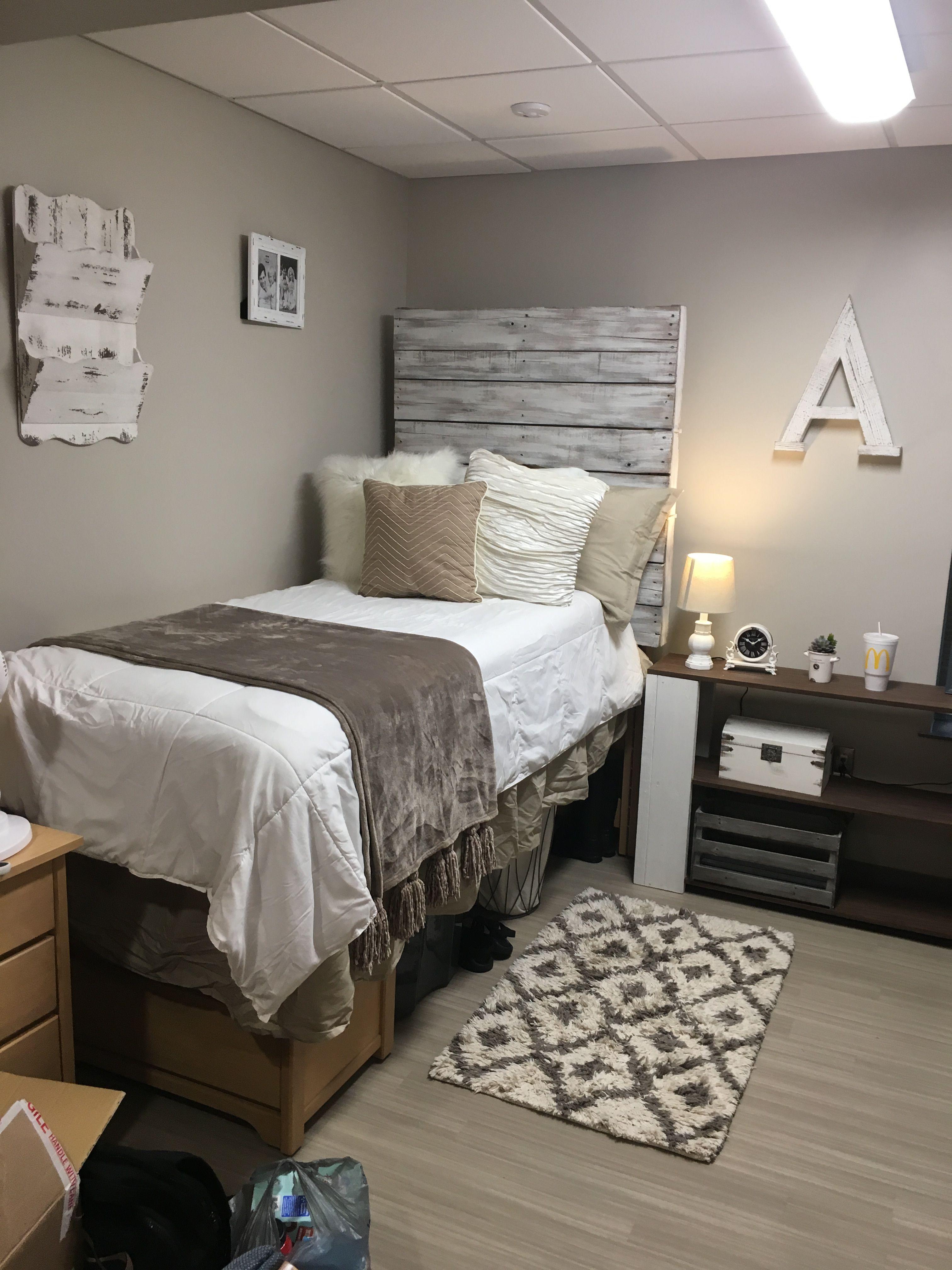 Farmhouse style dorm room  Home is where the heart is