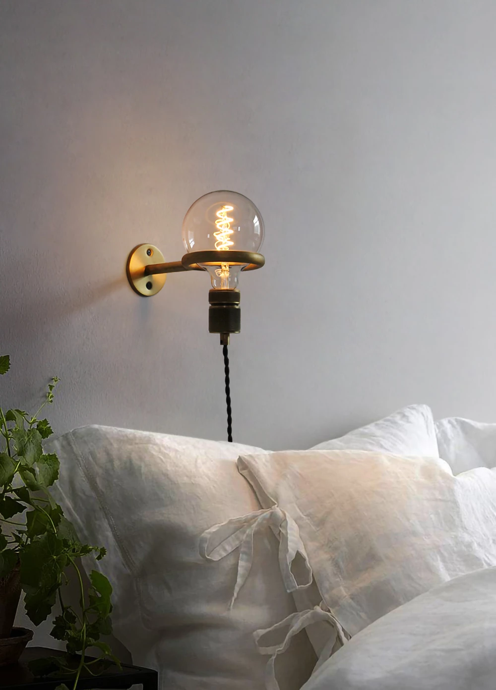 Loop Minimalist Wall Light With Wall Socket Bedside Wall Lights Wall Lights Wall Lights Bedroom