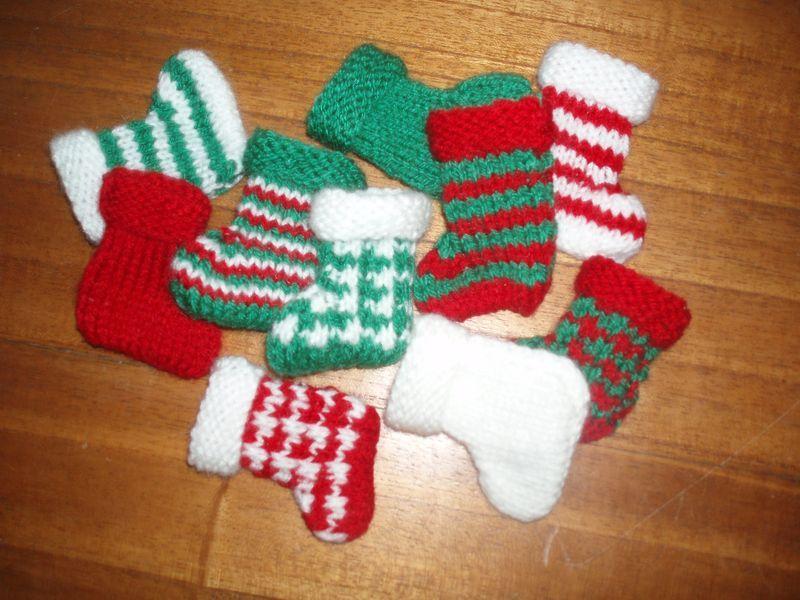 Comment faire une botte de Noël au tricot ? par Couture et patchwork