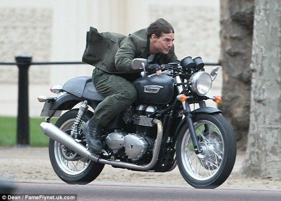Tom Cruise Riding A Triumph Thruxton In His New Movie All You Need