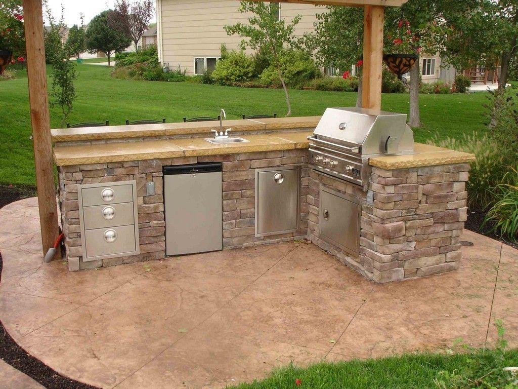 Outdoor Kitchen Bar Outdoor Kitchen Designs Plans Outdoor Kitchen Sink Built In Grill Kit Ba Outdoor Kitchen Design Outdoor Kitchen Sink Luxury Outdoor Kitchen
