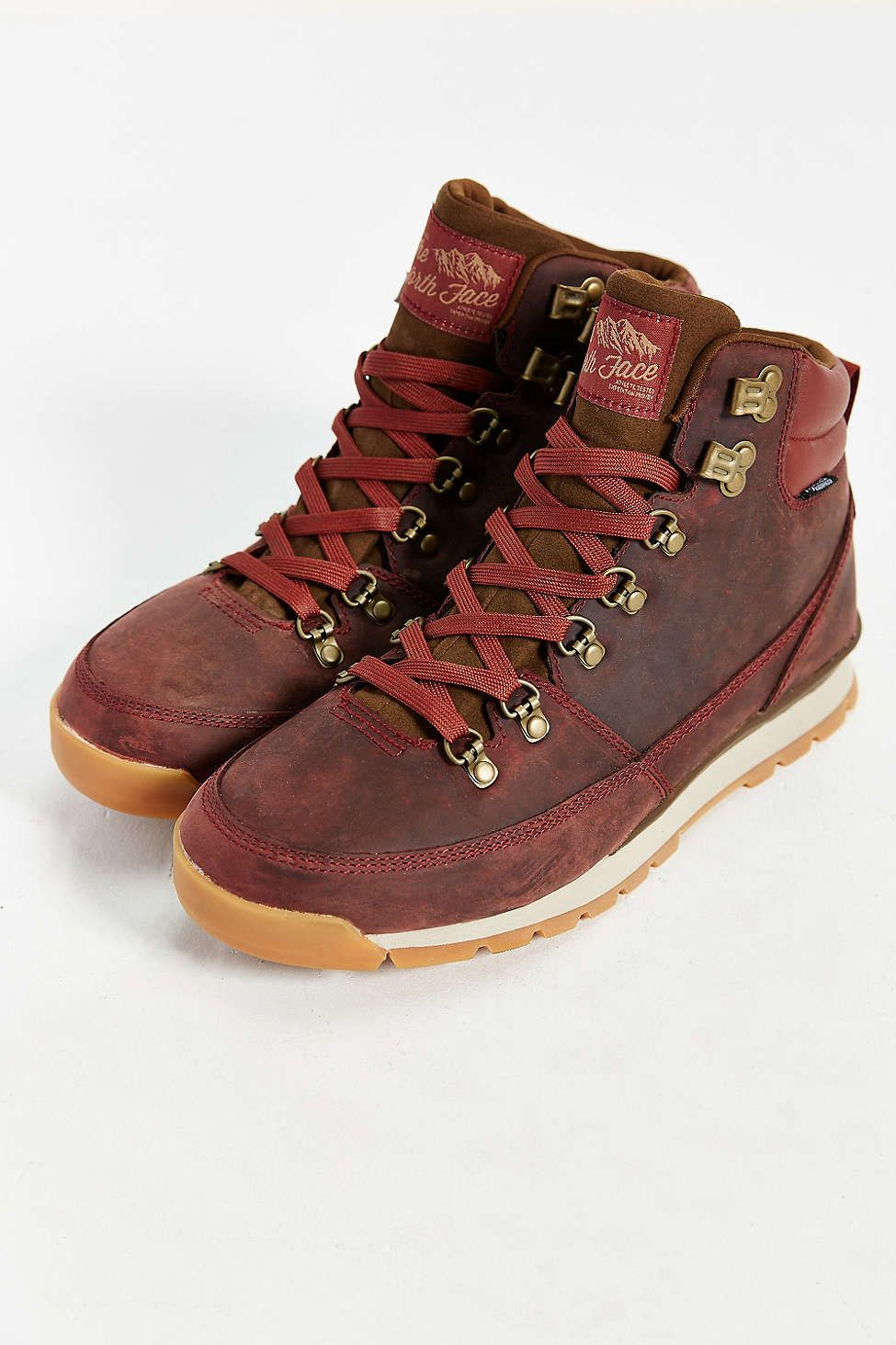 75020e7e12 The North Face Back To Berkeley Hiking Boot - Urban Outfitters ...