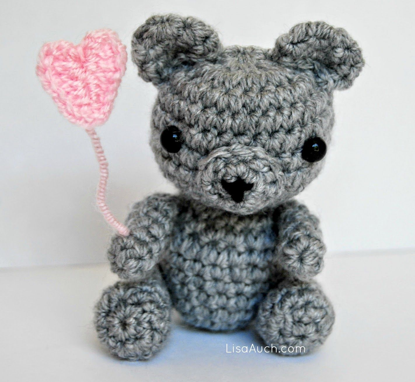 Free Crochet Pattern for a Tiny Teddy - Baby Bear Heart (Free ...