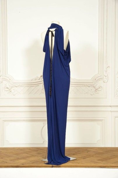 Saint Laurent Rive Gauche Circa 1978 1980 Robe Du Soir Longue Fluide En Robe Du Soir Robe Idees De Mode