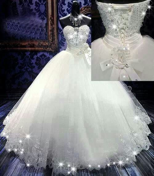 Glittering wedding dress... This is absolutely perfect ...