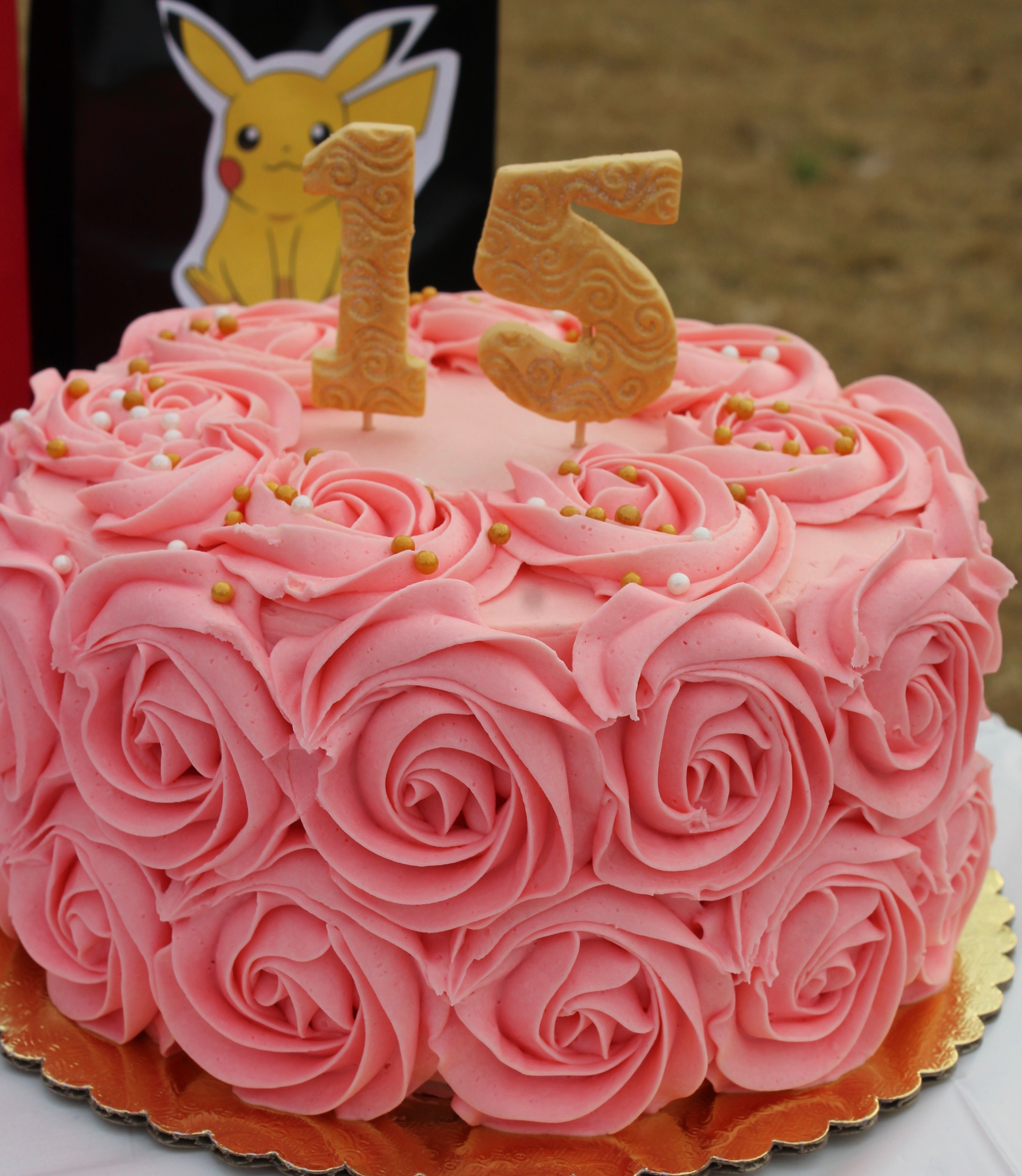 Pink rose swirl buttercream | Wilton cake decorating ...