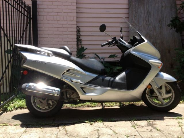 2007 honda reflex scooter light silver metallic 3 846 miles for sale in new orleans la. Black Bedroom Furniture Sets. Home Design Ideas