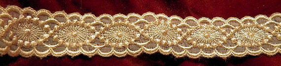 Lovely Vintage Embroidered Doll Bridal Ribbon Trim by RuinsCa, $35.00