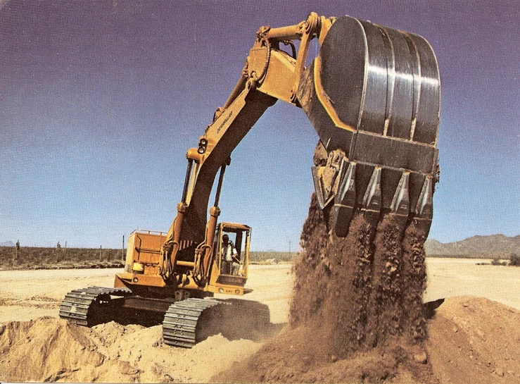 click on the image to download Caterpillar 225B EXCAVATOR