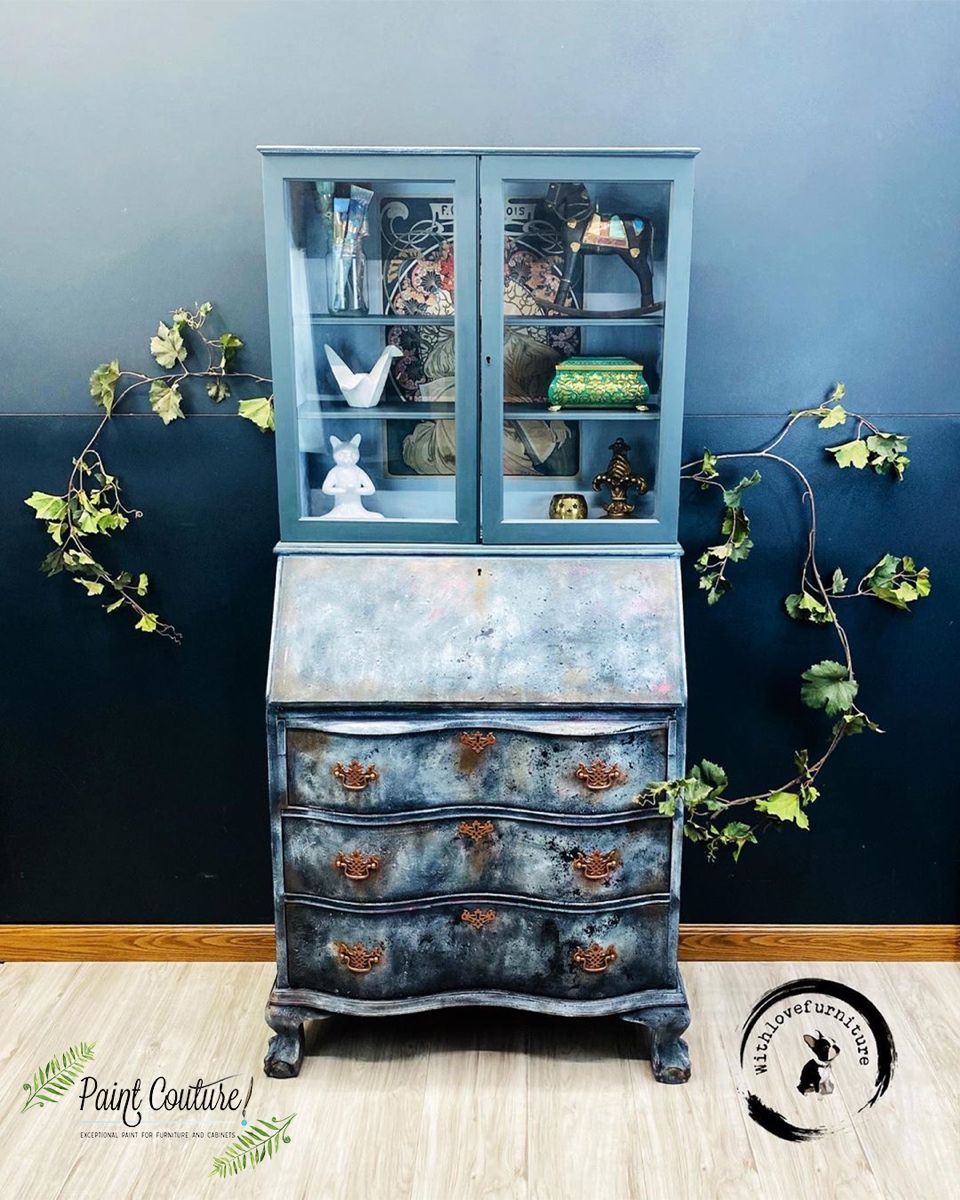 With Love Furniture continues to blow us alway!! Incredible work and use of colors and texture on this piece. So much talent🤩 thank you for choosing Paint Couture! #furnitureflip #zibradrama #vintagefurniture #furnitureart #mesa #mesa #scottsdale #furniturepaint #paintcoutureshowcase #paintcouturethecollection #decoratingideas #vintage #phoenix #stylishhome #dresser #paintcouturethecollection #scottsdale #paintedfurniturelove #furnituremakeover #furniturepainting #homedecor #furniturerehab #bl