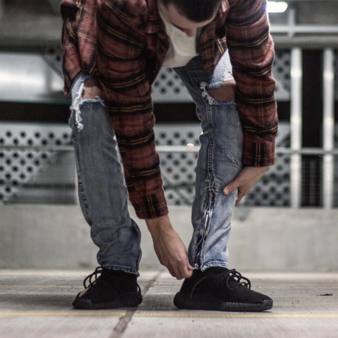 4f0204577 Your new go-to jeans is here. Get yours while stocks are available. Online  and ready for you. High Quality, Affordable Streetwear | Longline Clothing  Store