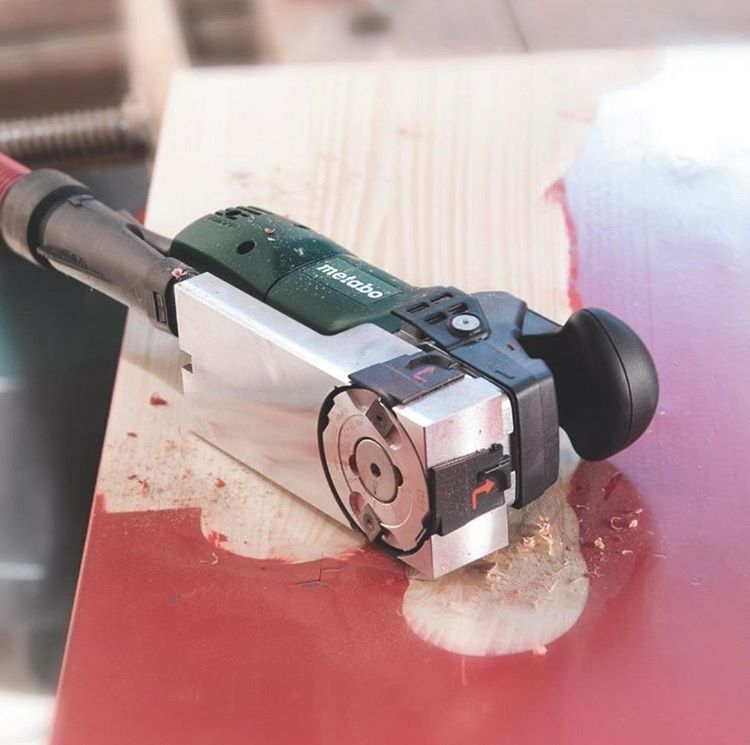 The Problem Solver For Renovation Work = Metabo Paint