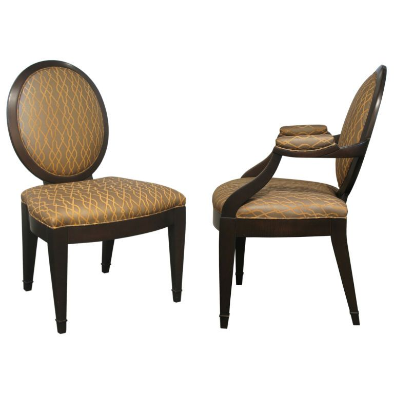1stdibs.com | Set Of 8 Elegant Dining Chairs By John Hutton For Donghia