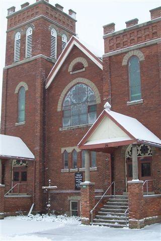Oakwood United Church in Kawartha Lakes