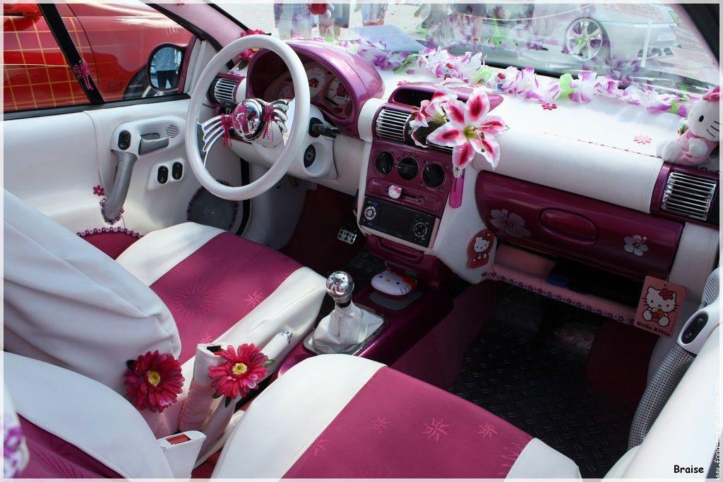 laisser une fille r aliser le tuning toute seule sa voiture c 39 est pas toujours une bonne id e. Black Bedroom Furniture Sets. Home Design Ideas