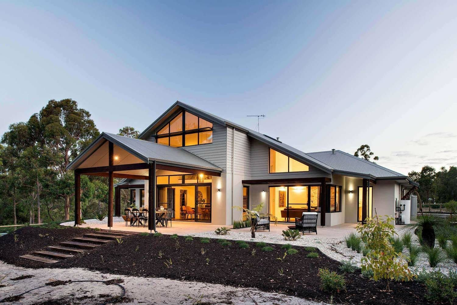 Bright And Spacious Dream Home Overlooking The Australian Bushland Country House Design Loft House Design Country Home Exteriors