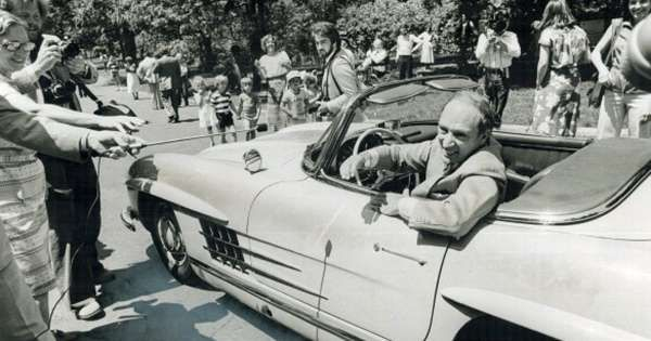 Prime Ministers' cars: A look at Canadian leaders' rides http://driving.ca/auto-news/news/prime-ministerial-cars-a-look-at-our-leaders-rides