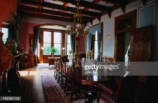 Diningroomincalhounmansioncharlestonpictureid148590109 513 Stunning Mansion Dining Rooms Decorating Design