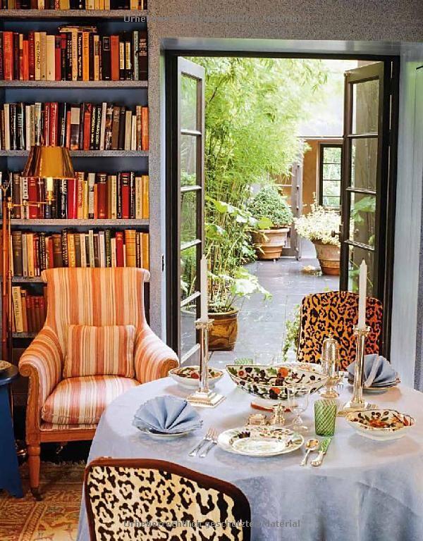 John Stefanidis library in Living in Style London ~ book by Geraldine Apponyi, Monika Apponyi