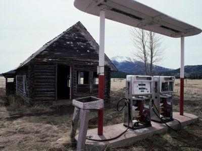 Abandoned Gas Station Near Flagstaff Arizona Usa Gas Station