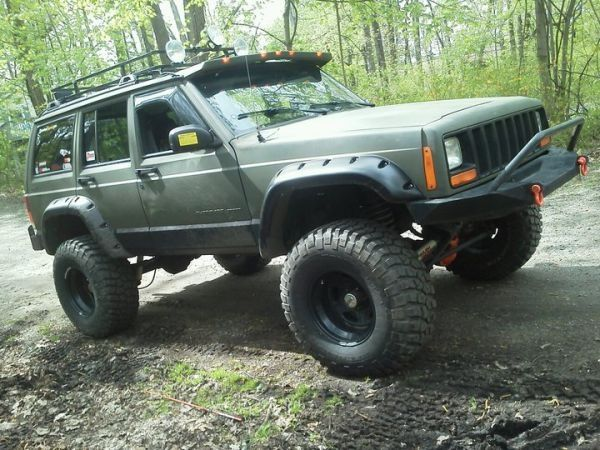 Lifted Jeep Cherokee B R O N C O S T O Y S Jeep Cherokee Xj Lifted Jeep Cherokee Jeep Truck