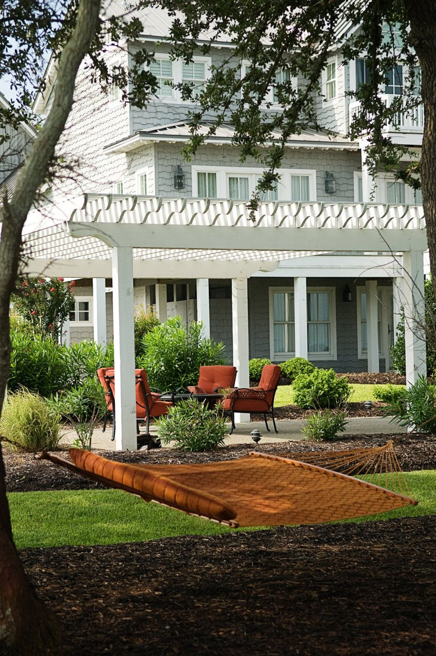 ly backyard idea with dining area pergola & hammock | No Place ... on deck hammock ideas, bedroom hammock ideas, fire pit hammock ideas, garden hammock ideas,
