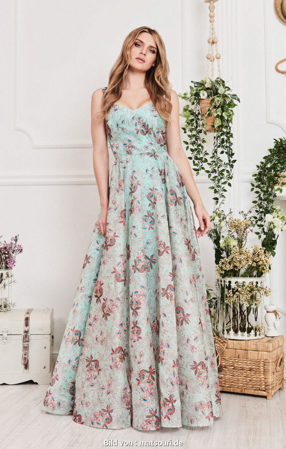 10 Second Hand Abendkleider In 2020 Vintage Abendkleider Abendkleid Modische Kleider