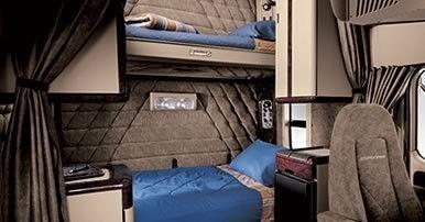 Original Coronado Bunks/Double bunk sleeper  | Semi tractor