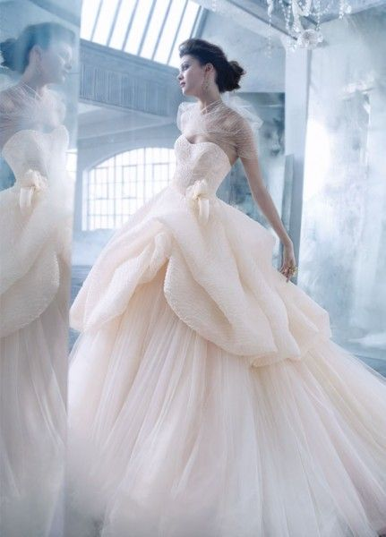 lazaro bridal 2014 | vestido de novia en rosa palo de lazaro bridal