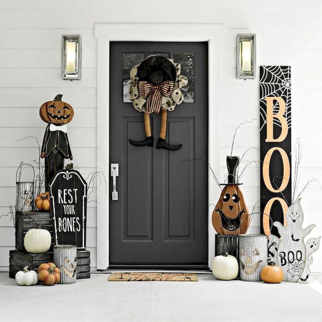 62 Cheap DIY Halloween Porch Ideas #cheapdiyhalloweendecorations