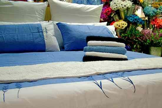 How To Remove Blood Stains From Sheets Bedding