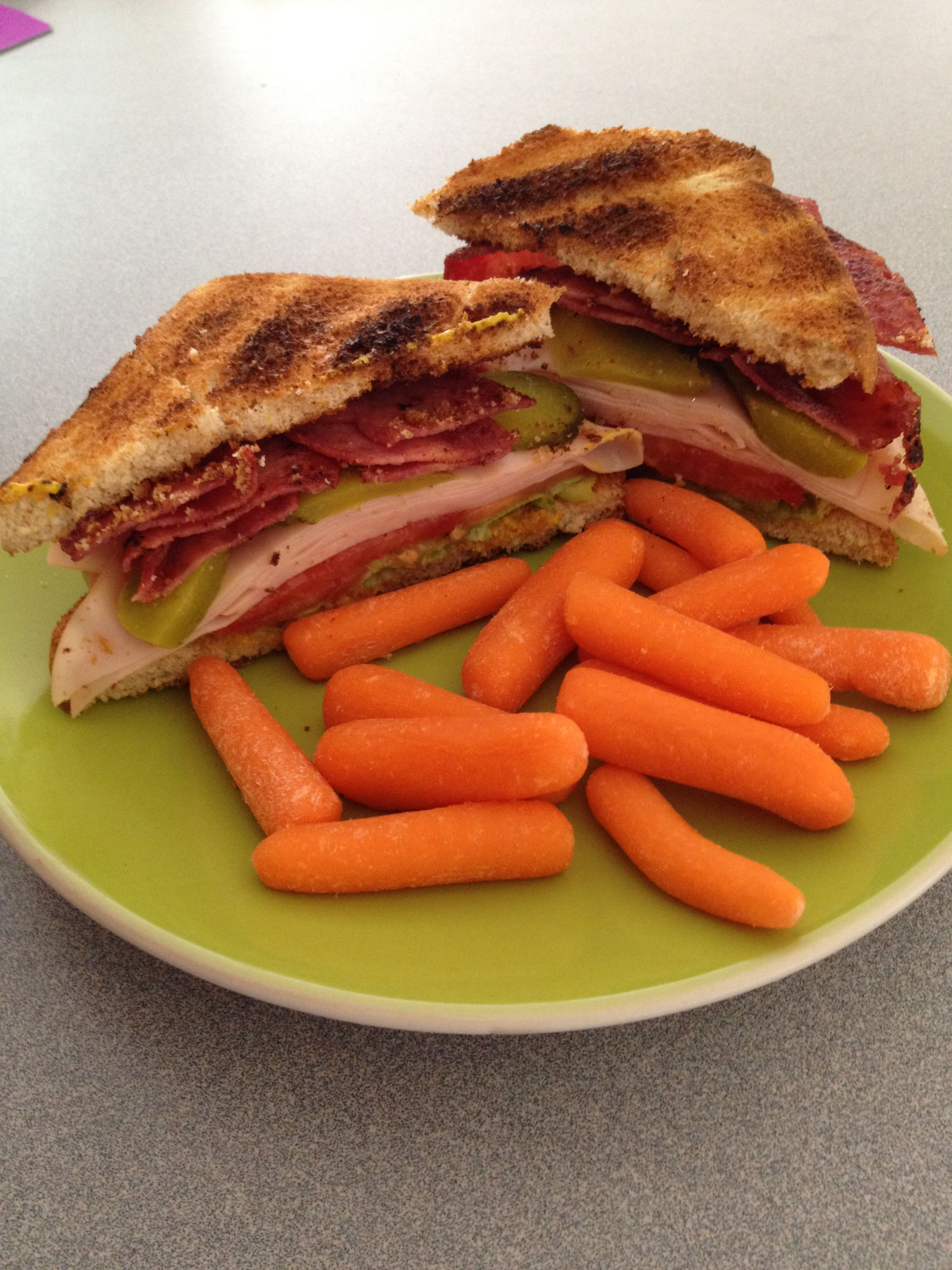 only 90 calories!); 6 slices kroger turkey lunch meat; 4 slices