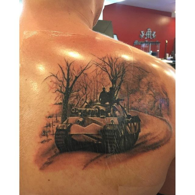realistic looking colored scapular tattoo of german ww2 panther tank ink pinterest tattoo. Black Bedroom Furniture Sets. Home Design Ideas