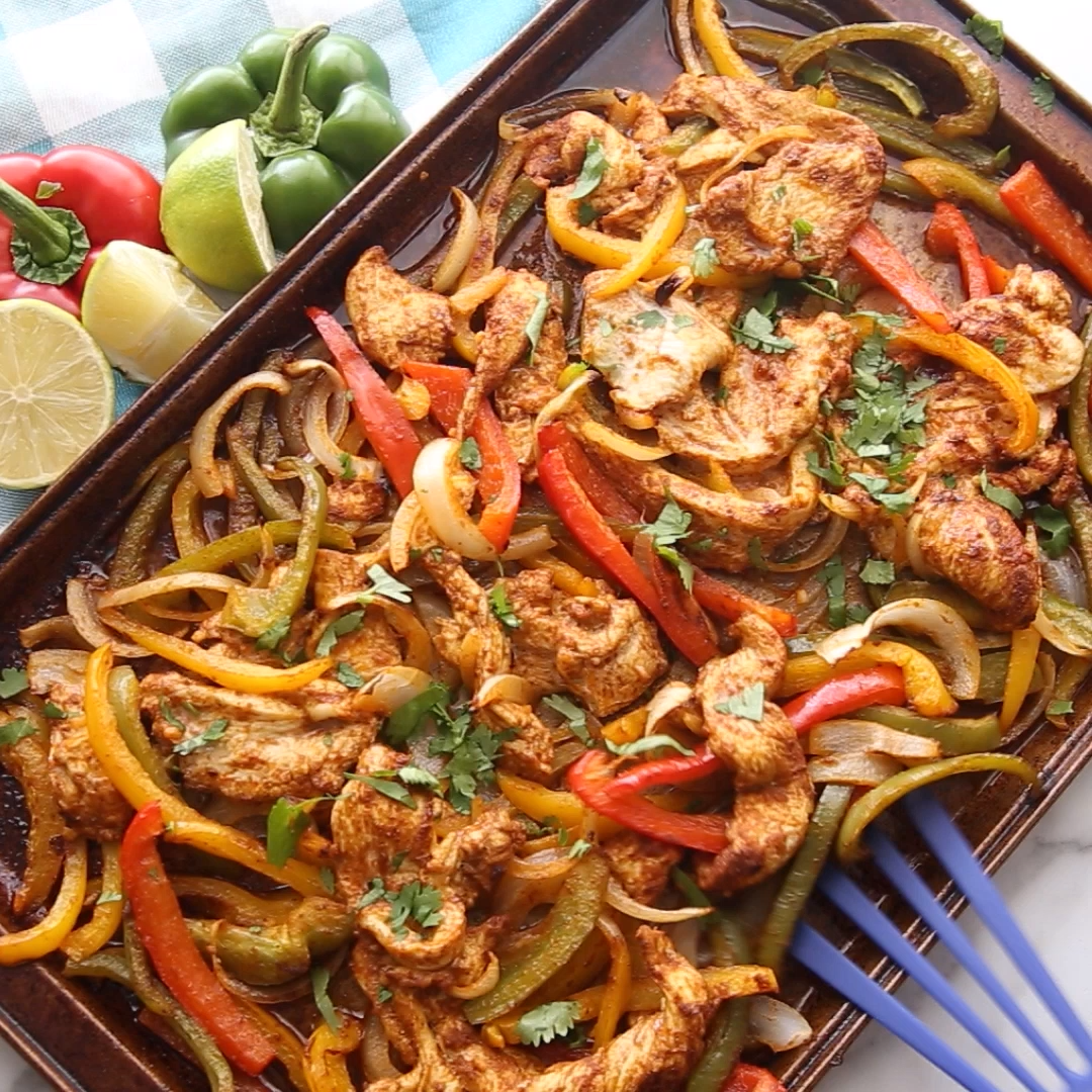 Sheet Pan Chicken Fajitas #steakfajitarecipe
