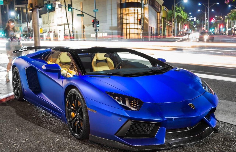 electric blue lamborghini aventador roadster carflash. Black Bedroom Furniture Sets. Home Design Ideas