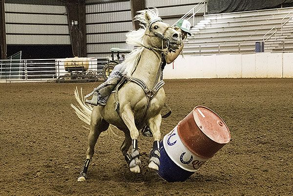 Had another great night shooting photos at the Queen Creek barrel races. There was some great runs and it was nice talking to some of the riders. This week I tried to capture all three barrels even…