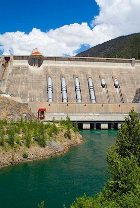 Revelstoke Dam, Columbia River, 5 km (3.1 mi) north of Revelstoke, British Columbia, Canada
