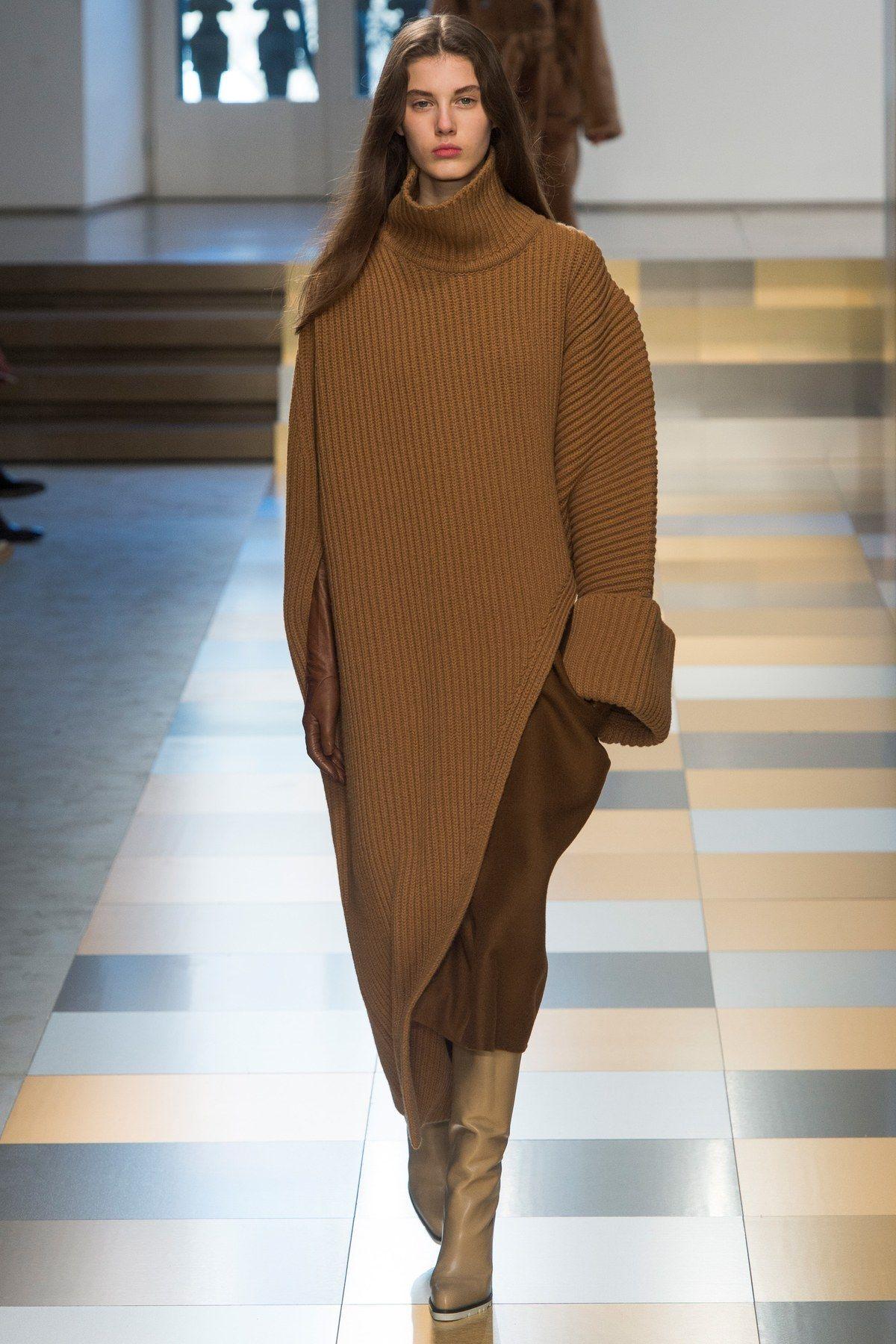 http://www.vogue.com/fashion-shows/fall-2017-ready-to-wear/jil-sander